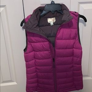 juniors Cranberry Hooded Vest - Size Small